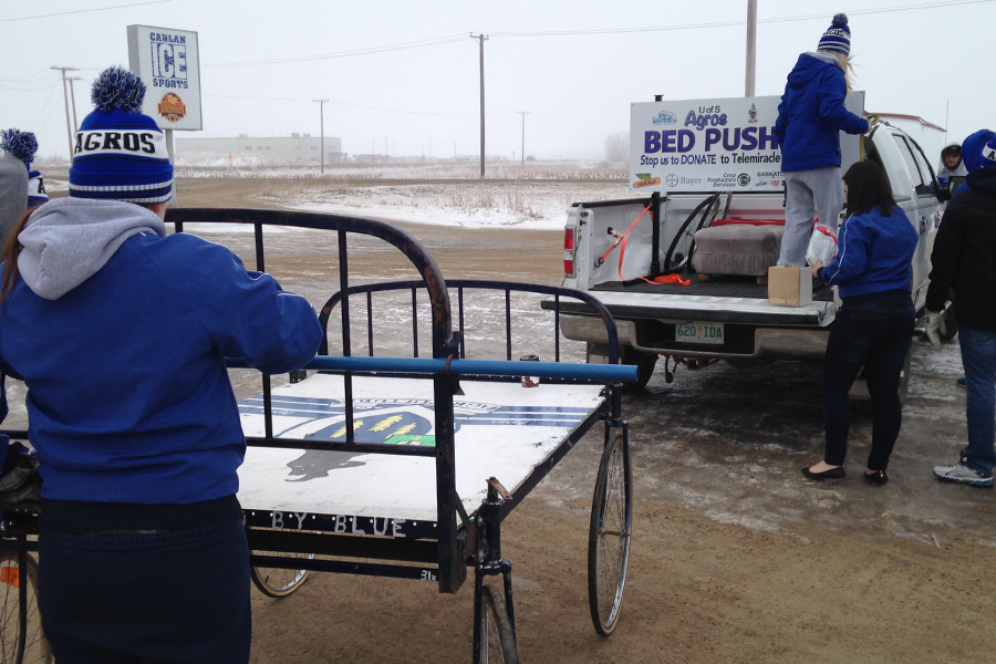 Agriculture and bioresoruce students participate in the yearly bed push for Telemiracle.