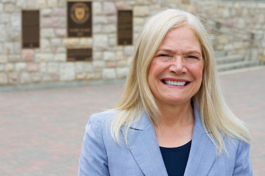 Debra Pozega Osburn joins the U of S as vice-president university relations on October 1, 2016.