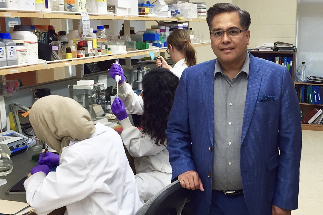 Shooting cancer's messenger: new USask therapy disrupts communication inside malignant cells