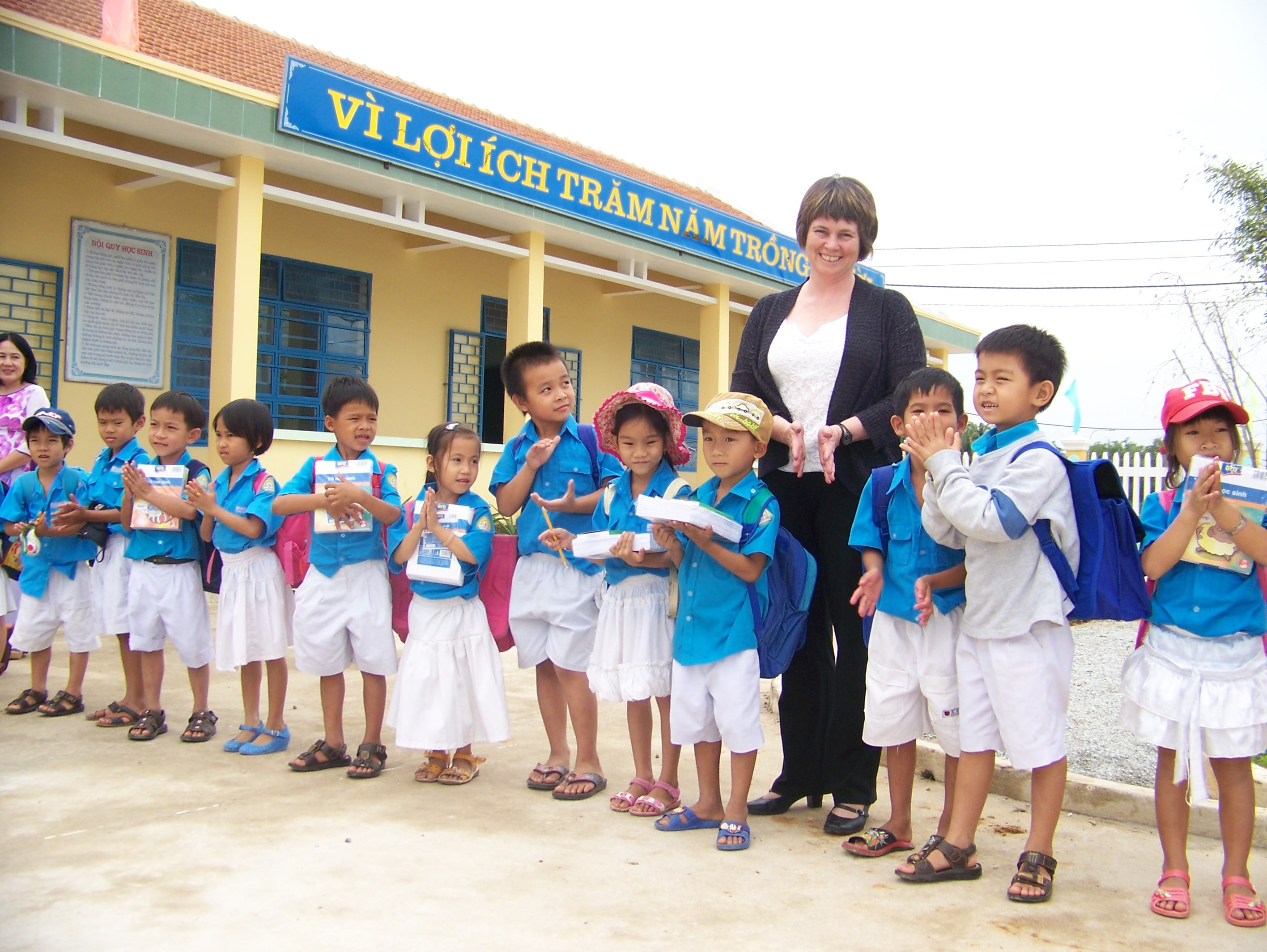 vietnam education Author: dieu-anh nguyen, med, stetson & associates, inc background formal education in vietnam consists of twelve years of basic education like many school systems in the united states.